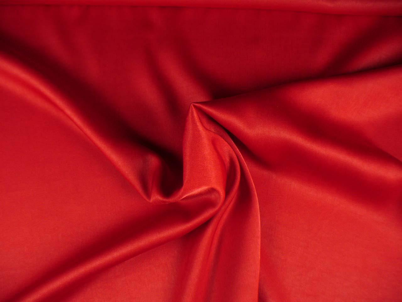 červený satén CUPRO